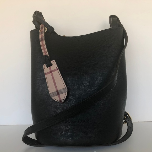 2dbdc3fda6e3 Burberry Small Lorne Leather Bucket Bag